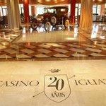 Celebracion de los 20 anos de Casino Iguazú - Lobby de Iguazu Grand Hotel