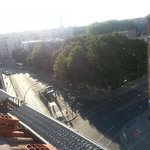 Вид из номера-метро в шаге от отеля