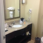 7/24/14 nice bathroom set up room 212