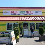 The front of Fresh Mix Grill