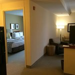 Spotless two-room suite on Hilton Honors 3rd floor
