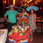 Restó Los Gallos, exquisita comida mexicana