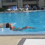 Jacuzzi en la piscina