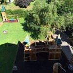 """parco giochi dell'albergo dal balcone camera """"mammolo"""""""