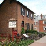 Farnsworth House Inn