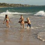 Keikis (Kids) on the Beach