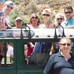 notre groupe manque Nelson notre chauffeur qui prend la photo