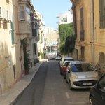 Rua de acesso ao Hostel Malti