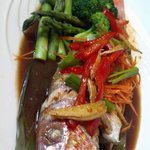 steamed whole red snapper with 3 flavor sauce