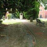 Elizabeth Arnold Poe Grave