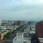 北向きの部屋でした。松山空港への飛行機がよく見えました
