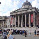 A Galeria Nacional voltada para a praça