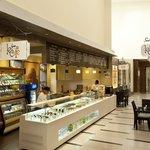 Le Cafe Novotel Hyderbad (European Sidewalk Cafe)