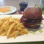 Angus-Burger... leider nicht so, wie ich es mag...