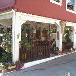 Romeos Cafe