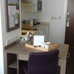 Staybridge Suites Birmingham - Kitchen