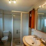 2nd floor apartment : bathroom