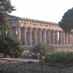 Pietre immortali (il tempio di Nettuno, 5' d'auto dall'hotel)
