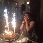 Bonne anniversaire mademoiselle...