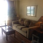 King oceanfront living room with pull out sofa