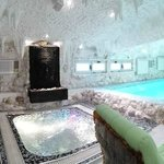 Presidental suit with swimming pool sauna and jacuzzi