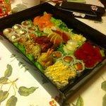 Box con uramaki e sashimi!! Buonissimo!!