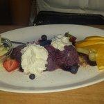 Blueberry ice cream with cream and white chocolate