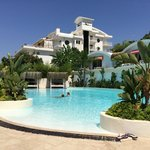 Hotel/Pool