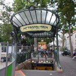 Metro stop meeting place