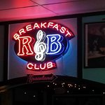 Photo de R & B Breakfast Club