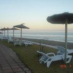 Bord de plage de l'hôtel