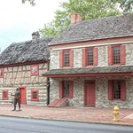 Colonial Complex