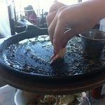 Así termina uno de comer el cangrejo delicioso!!!!