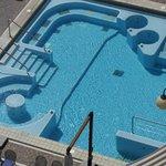 piscina con i molteplici idrossaggi