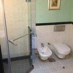 Oryx bathroom with deathly toe-stubbing doorstop