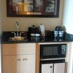 Embassy Suites by Hilton Niagara Falls: coffee station