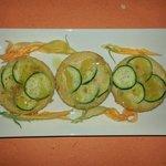 frittatine di ceci, con zucchine e arancia