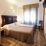 Hotel Reina Mora