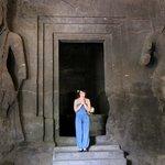 внутри храмового комплекса