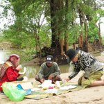 Another picnic in Ramsar Wetlands during Cambodia winter time 2013