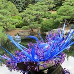 Dale Chihuly: Blue and Purple Boat
