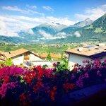 TOP-View Richtung Dorf Tirol / Meran