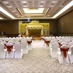 Banquet Hall - Served extrordinarily well for Hindu ceremonies