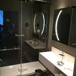 2ème salle de bain de la suite