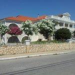 Voorkant van Klelia Beach Hotel