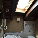 Mount Emilius Bathroom