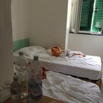 This was the state of the room 1.5 hours after we were supposed to check in.
