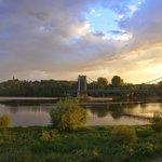 Pourarriver au Thoureil on peut franchir la Loire aux Rosiers