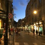 5 minute walk to main square and street