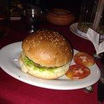 Le chicken burger...